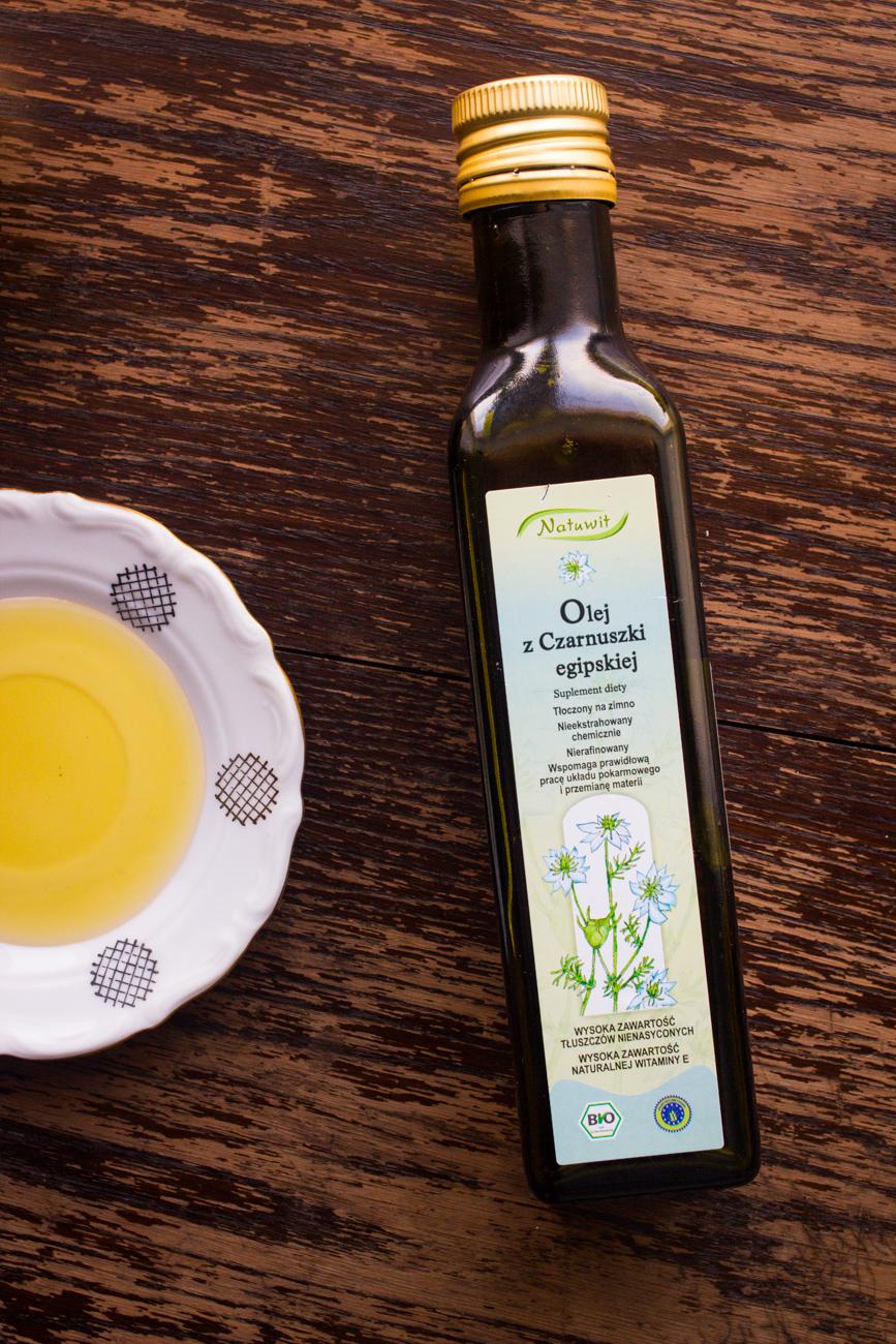 Znalezione obrazy dla zapytania olej z czarnuszki