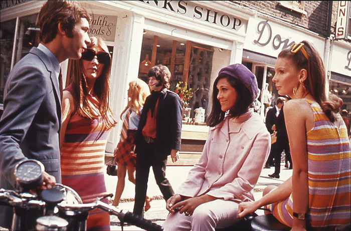 WIELKA REWOLUCJA Londons_Carnaby_Street,_1969
