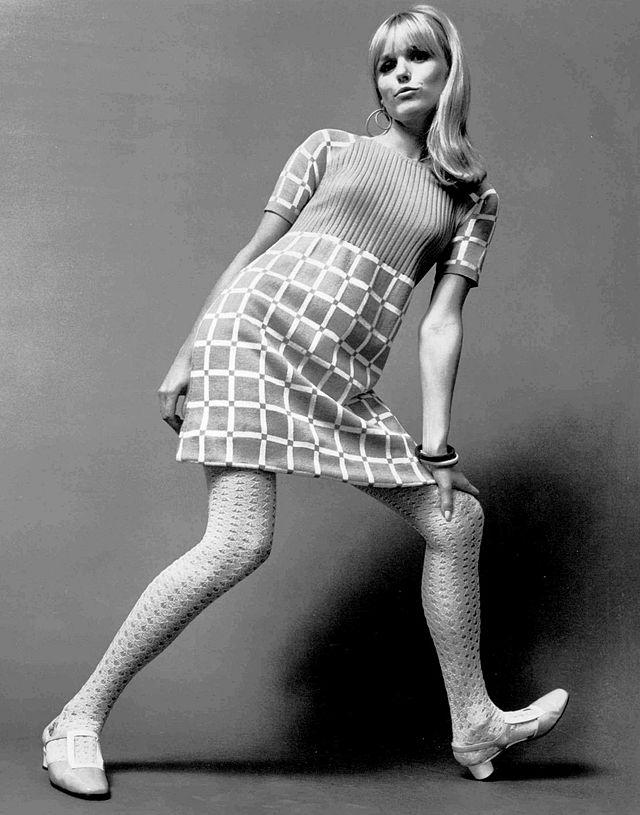 WIELKA REWOLUCJA Sweater_knit_dress_1967