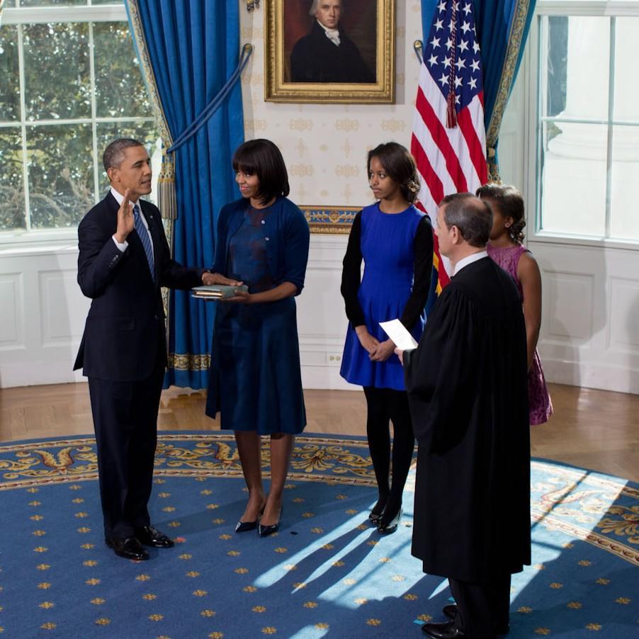 Barack_Obama_2013_inauguration_-_high_angle