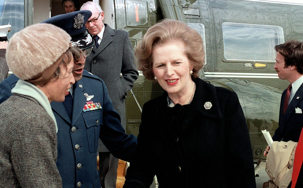 1024px-Margaret_Thatcher_near_helicopter