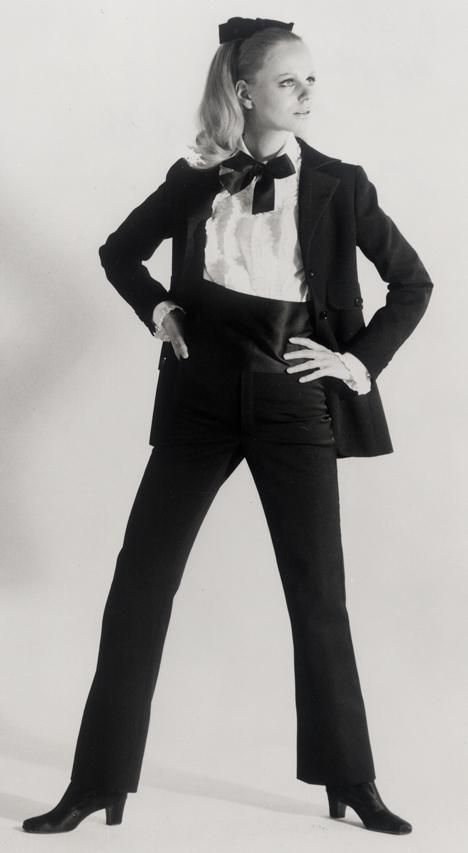 10 – Le Smoking, 1966 rok